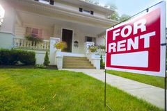 Free Home For Rent Sign Royalty Free Stock Photos - 35554688