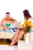 home inomhus för familj royaltyfri foto