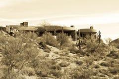 HOME luxuosa moderna nova do campo de golfe do deserto Foto de Stock