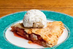 Home made apple and strawberry pie ice cream Royalty Free Stock Images