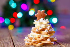 Home made baked Christmas gingerbread tree as a gift Royalty Free Stock Photography