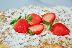 Strawberry pie. Home made  cake decorated with fresh strawberry and  sugar powder Royalty Free Stock Photos
