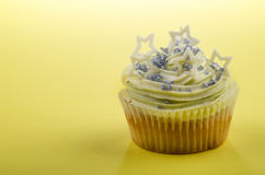 Home made cup cake with mint buttercream Royalty Free Stock Photos
