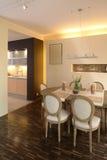 HOME moderna que janta Room-2 fotografia de stock