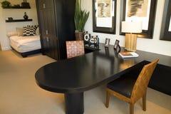 home modernt kontor royaltyfria foton