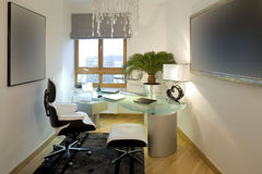 home modernt kontor Royaltyfri Fotografi