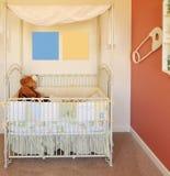 home ny barnkammare för lathund Arkivbild