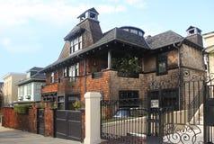 HOME residencial do tijolo fotos de stock