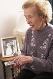 home senior tv watching woman στοκ φωτογραφίες