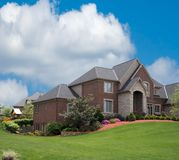 HOME suburbana do tijolo Imagem de Stock Royalty Free
