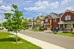 HOME suburbanas Fotos de Stock