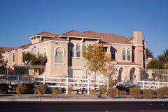 HOME suburbanas da vizinhança Fotos de Stock Royalty Free