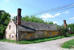 HOME velha no campo Imagens de Stock