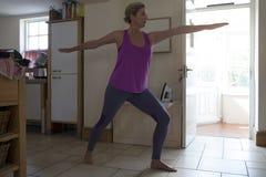 home yoga Royaltyfri Foto