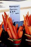 Homegrown καρότα για την πώληση Στοκ φωτογραφία με δικαίωμα ελεύθερης χρήσης