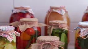 Homely konserwować jedzenie