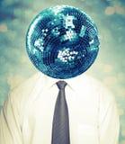 Homem abstrato do disco na camisa branca e laço com bola do espelho Fotografia de Stock