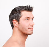 Homem adulto novo do estilo do vestido do corte do cabelo Imagens de Stock