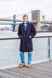 Homem americano novo que viaja em New York Fotografia de Stock
