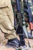 Homem armado dos uniformes Imagens de Stock