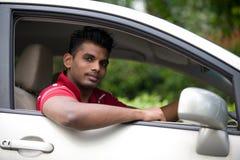 Homem asiático no carro fotografia de stock