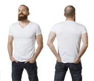 Homem com barba e a camisa branca vazia Imagens de Stock Royalty Free