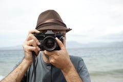 Homem com câmera Imagem de Stock Royalty Free