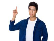 Homem com dedo acima Fotos de Stock