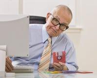 Homem com disco flexível Fotos de Stock