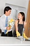 Homem com flores foto de stock royalty free
