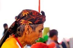 Homem com o vestido da cabeça do Javanese Imagens de Stock