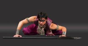 Homem com ponto - apronte para a luta - cena ritual Imagem de Stock Royalty Free