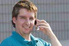 Homem com telefone de pilha Foto de Stock