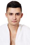 Homem com uma toalha Fotografia de Stock Royalty Free