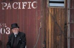Homem com vestido da velho-forma, Estados Unidos ocidental imagem de stock royalty free