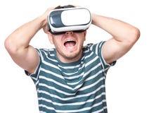 Homem com vidros de VR Imagem de Stock Royalty Free