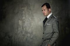 Homem considerável em um terno foto de stock royalty free