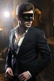 Homem considerável na máscara foto de stock royalty free
