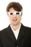 Homem considerável novo nos vidros 3d Fotografia de Stock