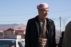 Homem curdo que anda em um Souq em Iraque Imagem de Stock
