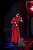 Homem da monge e beleza fêmea em um vestido vermelho Fotografia de Stock Royalty Free