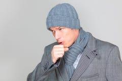 Homem da tosse Fotos de Stock