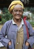 Homem de Intha no lago Inle, Myanmar Foto de Stock Royalty Free