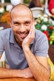 Homem de meia idade positivo foto de stock royalty free