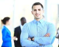 Homem de negócio esperto feliz Imagem de Stock
