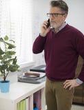Homem de negócio no escritório Imagens de Stock