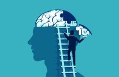 Homem de negócio que escala acima as escadas que alcançam a cabeça humana para adicionar a parte de enigma do cérebro ilustração royalty free