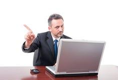 Homem de negócio que faz o gesto da recusa foto de stock