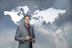 Homem de negócio que resolve problemas Fotografia de Stock