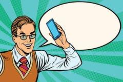Homem de negócios alegre com close-up do smartphone Imagem de Stock Royalty Free